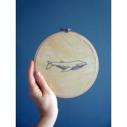 Moyenne broderie - Baleine
